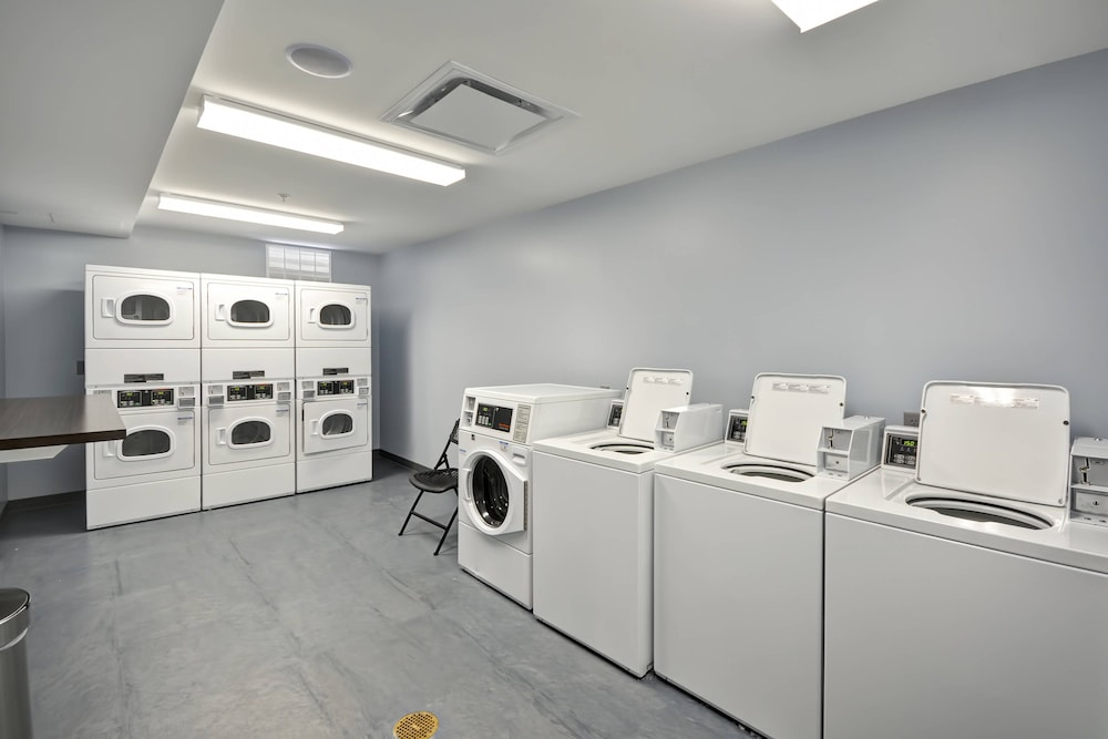 Laundry, Towneplace Suites Cranbury South Brunswick