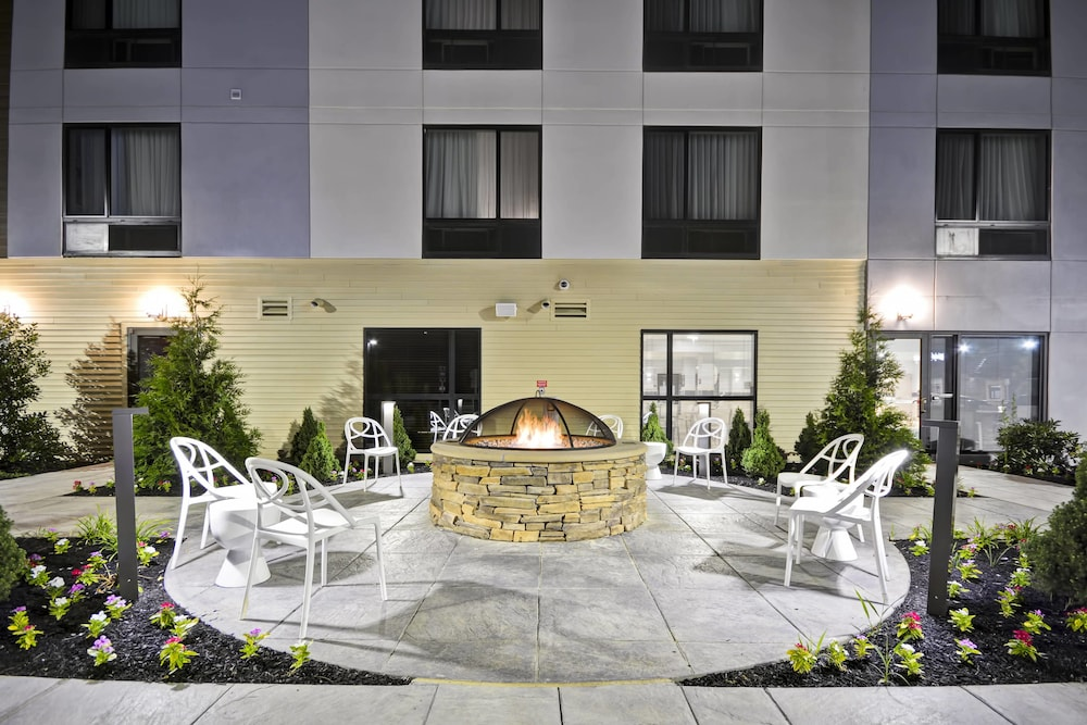Terrace/Patio, Towneplace Suites Cranbury South Brunswick