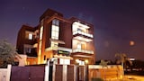 FabHotel Aksh Palace Golf Course Road - Gurgaon Hotels