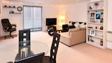 Neptune Apartments - Leeds Hotels