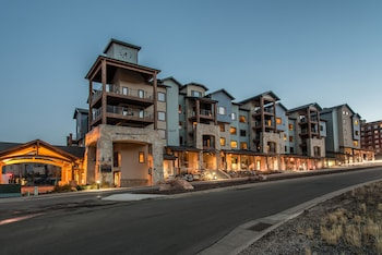 Silverado Lodge at Canyons Village by All Seasons Resort Lod