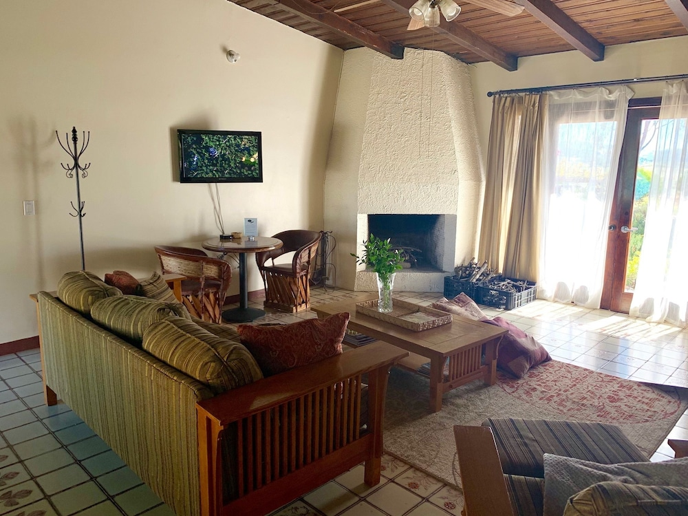 Game Room, Rancho El Parral