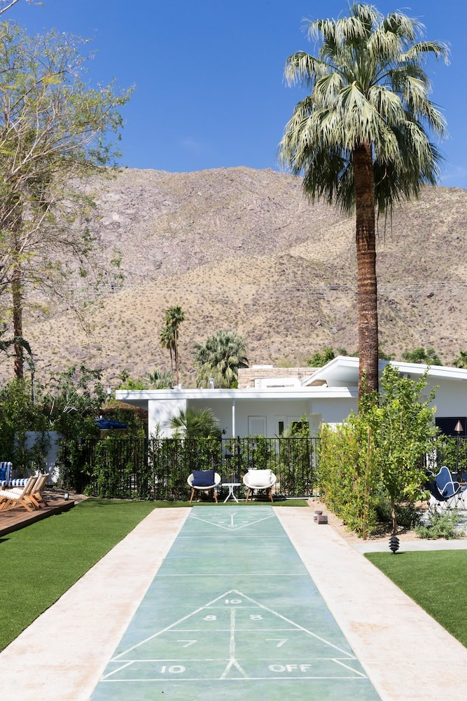 Property Amenity, Holiday House Palm Springs