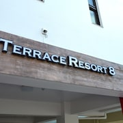 TERRACE RESORT 8