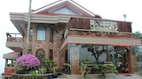 F8 Bed and Breakfast - Tagaytay Hotels