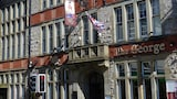 The George Hotel - Chepstow Hotels