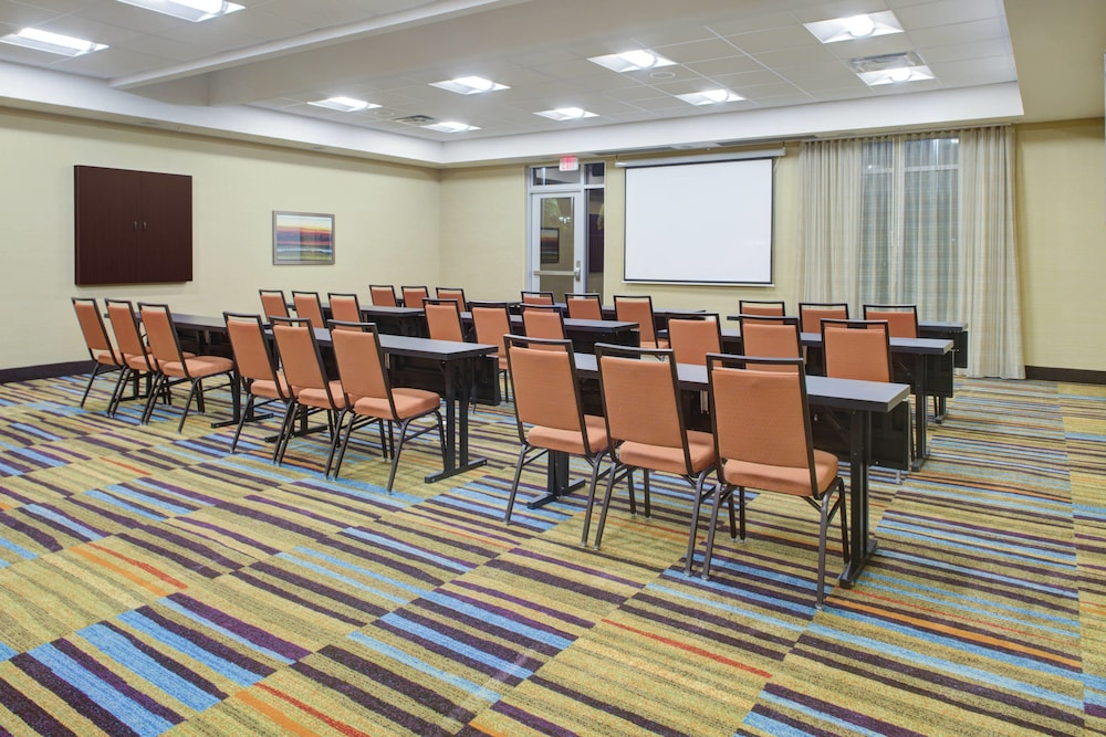 Meeting Facility, Fairfield Inn & Suites by Marriott Bakersfield North/Airport