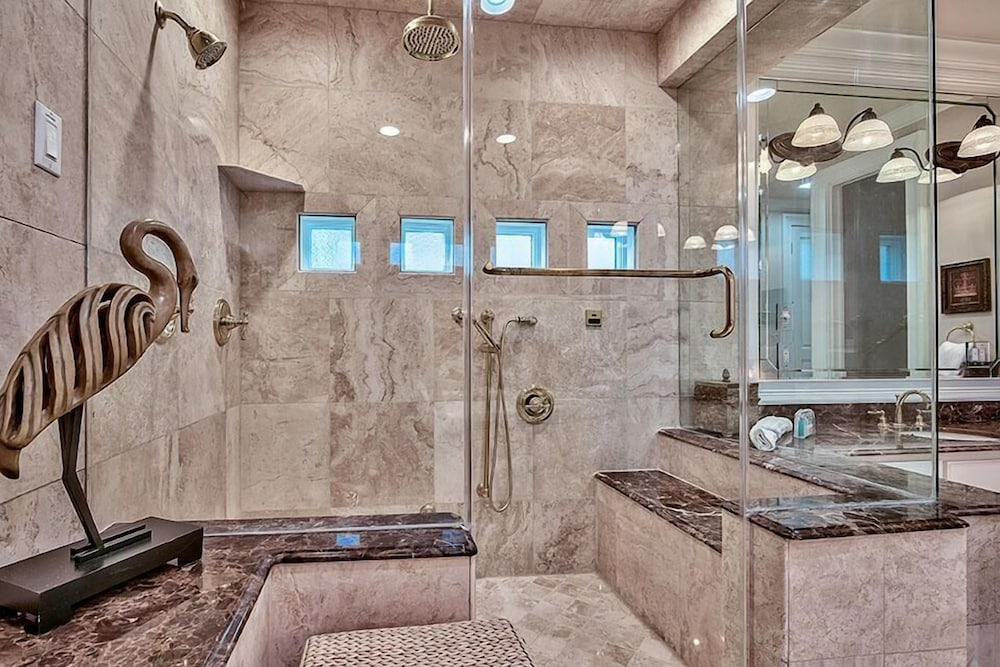 Bathroom Shower, Millenia 7 Bedroom Holiday Home by Five Star Properties