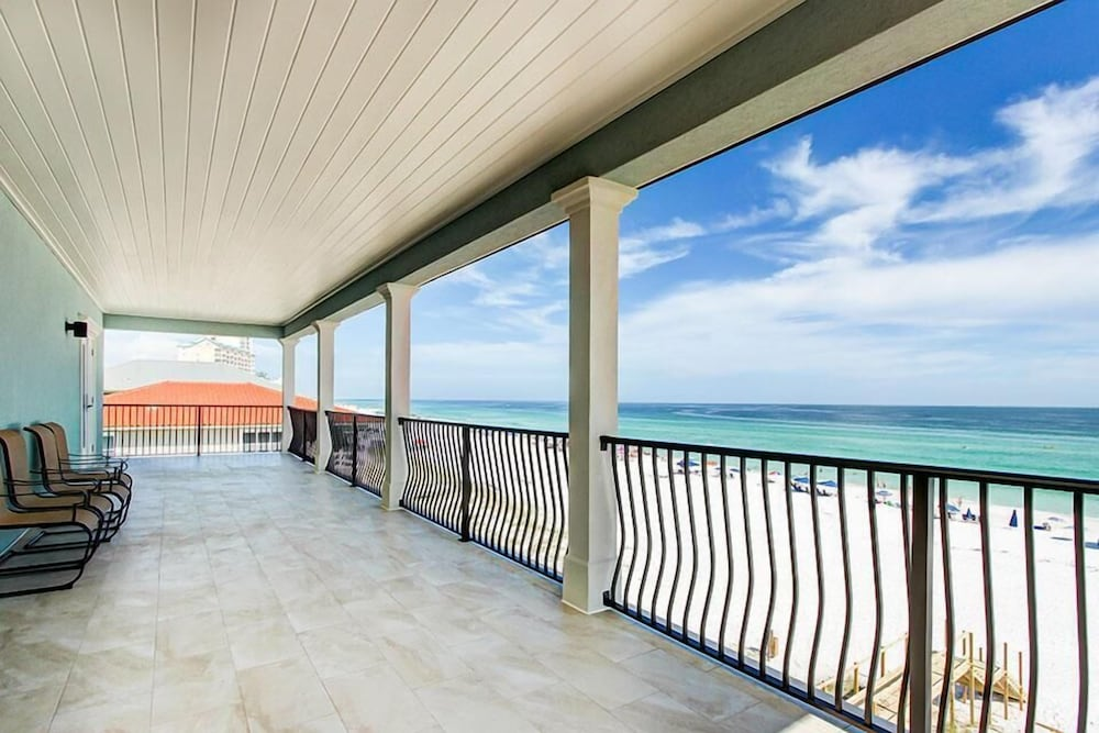 Balcony, 5 O'Clock Somewhere 8 Bedroom Holiday Home by Five Star Properties
