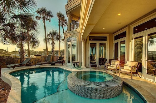 Top Destin Luxury Hotels Capitano 7 Bedroom Holiday Home By Five Star Properties