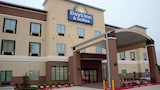 Days Inn & Suites Houston NW Cypress - Houston Hotels