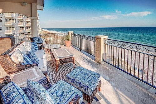 Palazzo del Mar 11 Bedroom Holiday Home by Five Star Properties