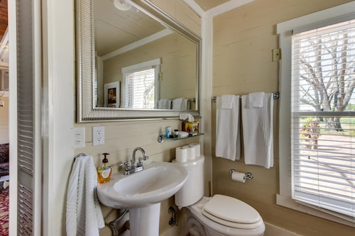 Great Place to stay Travis Street Full Property near Fredericksburg