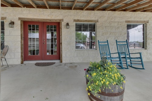 Great Place to stay Historic Rocky Hill Full Property near Fredericksburg