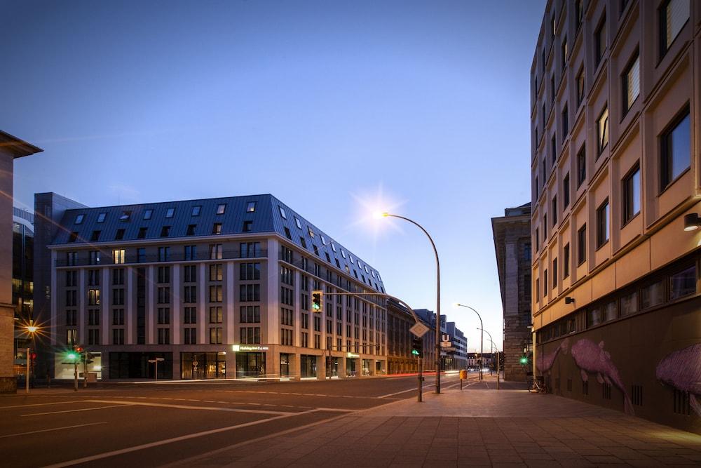 Internetcafe Berlin Alexanderplatz