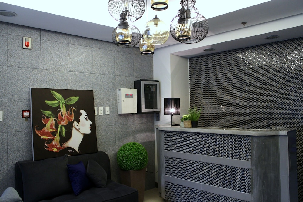 Ortigas budget hotel kapitolyo pasig phl expedia hotel front featured image lobby solutioingenieria Gallery