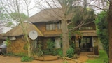 Sekama Guest House - Kasane Hotels