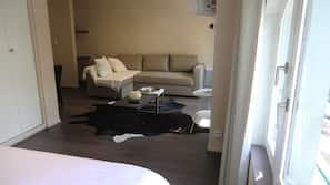 Bureau, rideaux occultants, chambres insonorisées, lits bébé (gratuits)