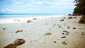 Beach nearby, snorkelling, fishing