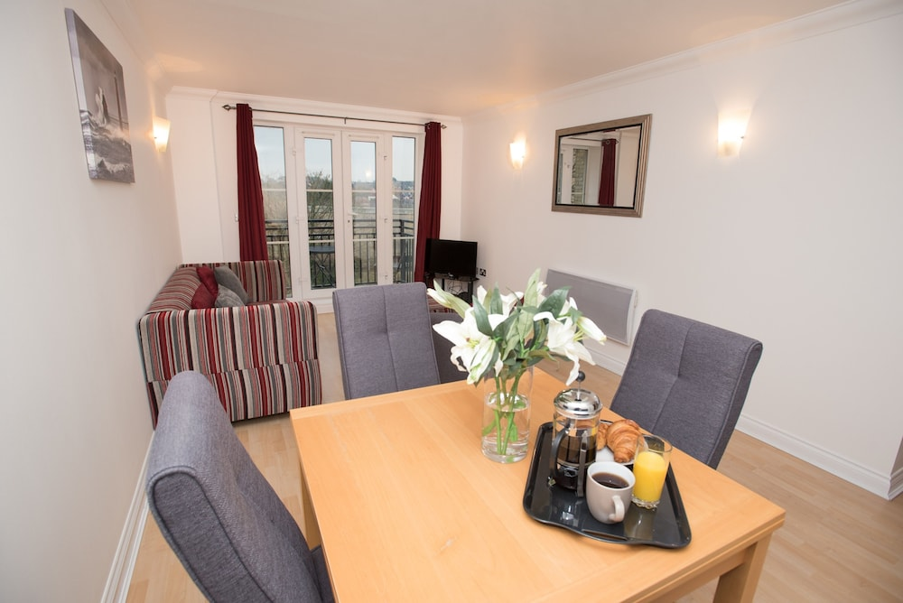 riverside house serviced apartments reading gbr expedia