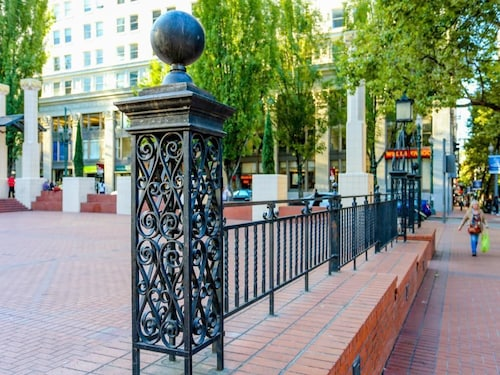 Great Place to stay Park Avenue West 1114 Yamhill Delight near Portland