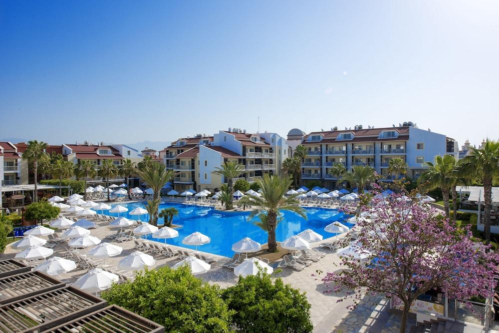 Kühlschrank Side By Side Check24 : Barut b suites antalya: hotelbewertungen 2019 expedia.de