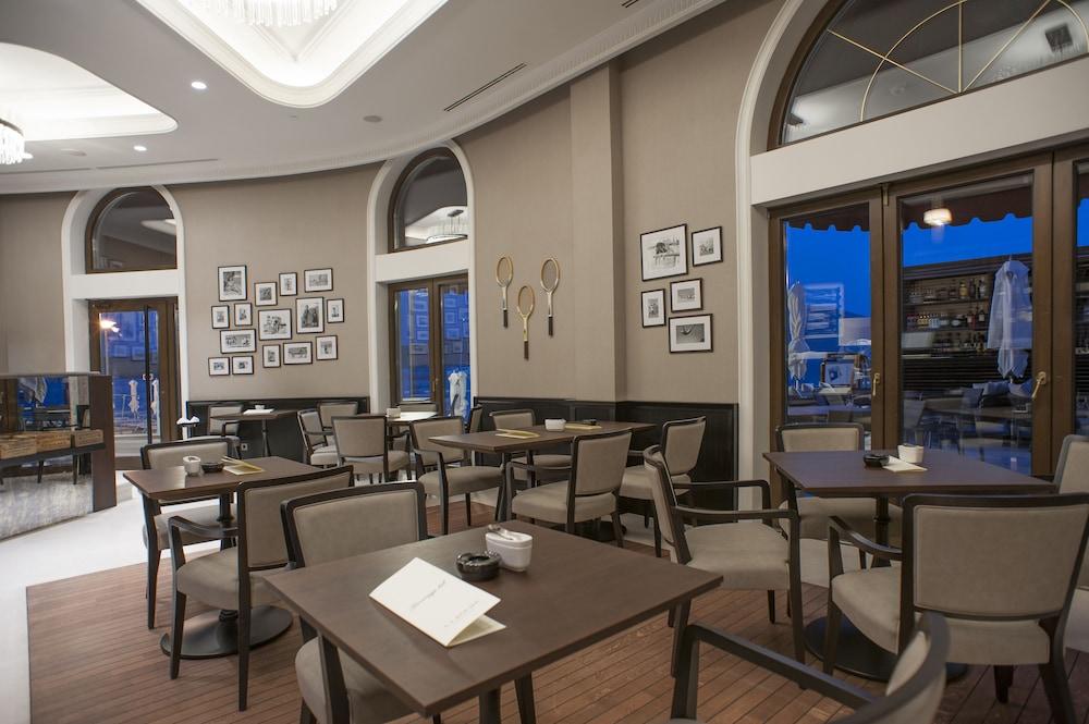 Boutique Hotel La Roche Montenegro