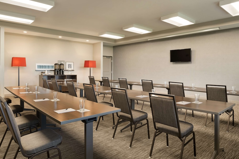 Meeting Facility, Country Inn & Suites by Radisson, Indianola, IA