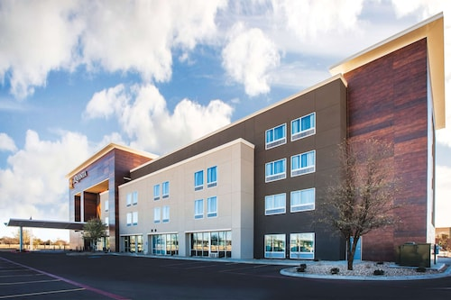 La Quinta Inn & Suites by Wyndham Lubbock South