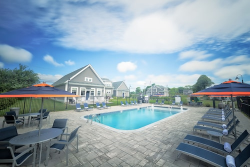 Check Expedia for Availability of The East Island Reserve Hotel