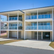 Beach Rd Villas by Rockingham Apartments
