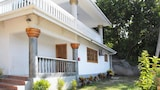Cavern Apartments - Praslin Island Hotels