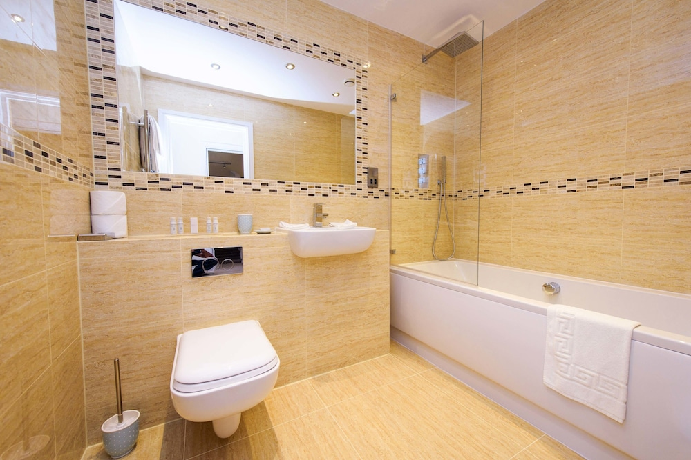Bathroom, The Sands - Sea Front Apartments