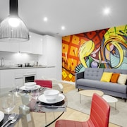 Home Art Apartments