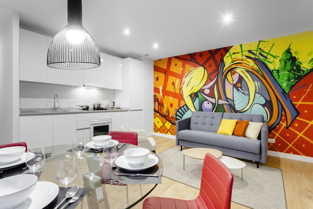 Home Art Apartments (Madrid) – 2019 Hotel Prices  fbcc423e4a