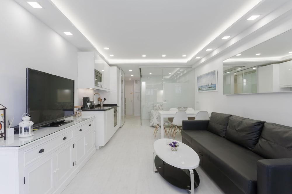 Pyr Select Terraza De Salamanca Deals Reviews Madrid