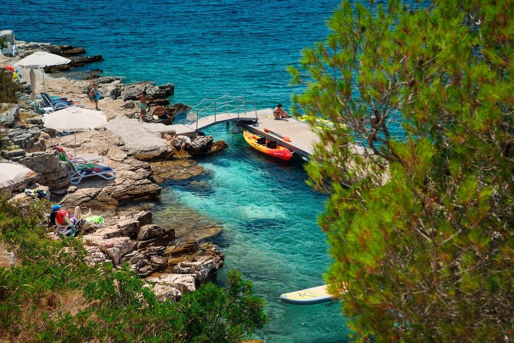 Gava Waterman Milna Resort (Milna) – 2019 Hotel Prices