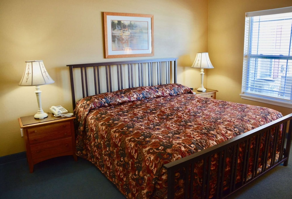 Room, Delavan Lake Resort