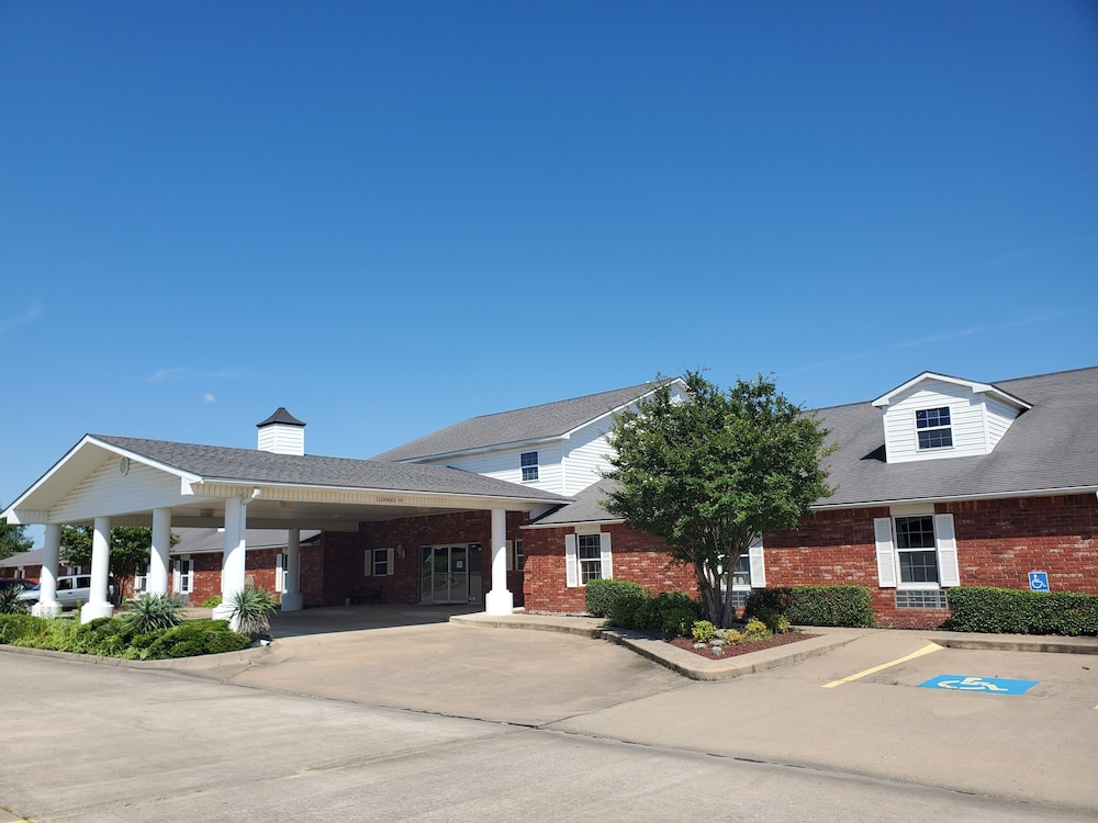 Featured Image, Candlelight Inn & Suites Hwy 69 near McAlester