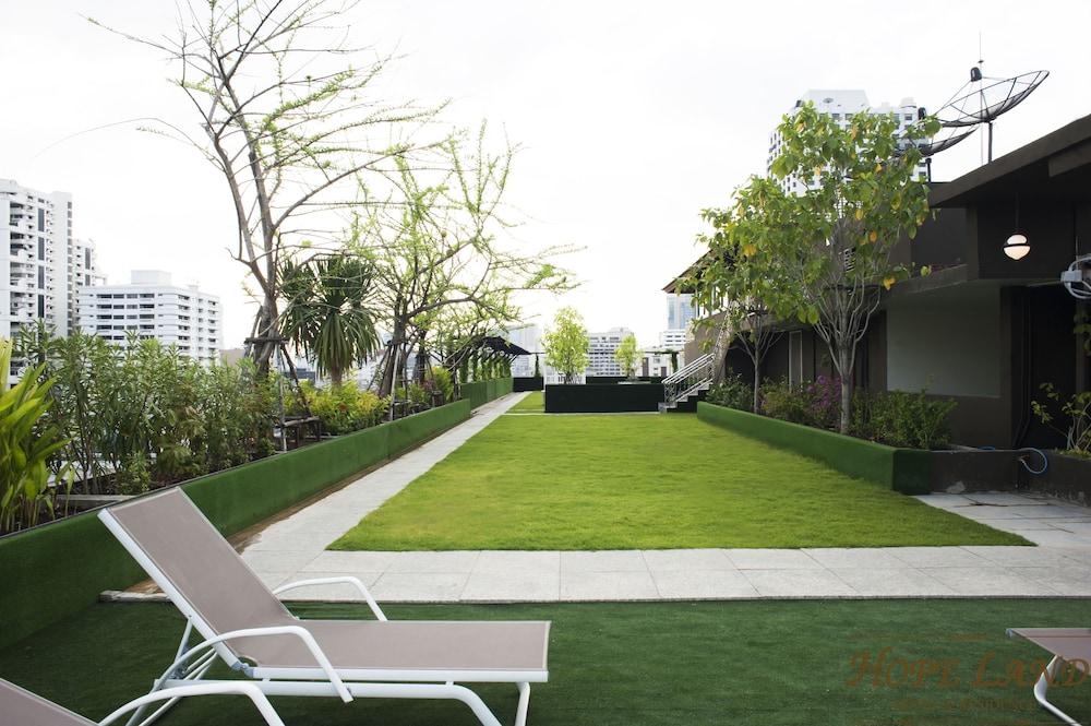 Hope Land Hotel Amp Residence Sukhumvit 8 Bangkok Thailand