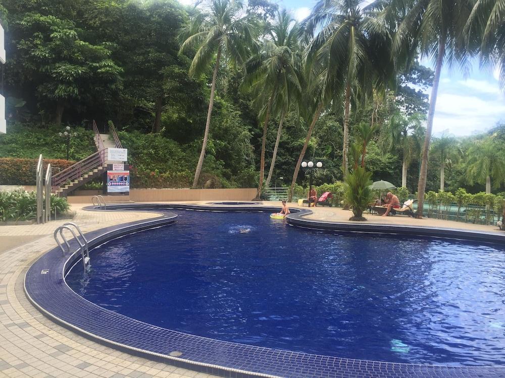 Sri sayang resort service apartments penang 2017 reviews for Garden pool repairs