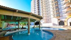 5 indoor pools, outdoor pool