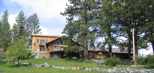 Check Expedia for Availability of Whitebird Summit Lodge