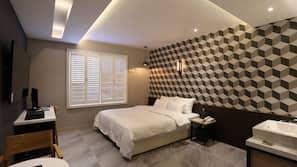 高級寢具、房內夾萬、隔音、免費 Wi-Fi