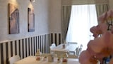 B&B Domus Valadier Luxury Rooms & Breakfast - Fiumicino Hotels