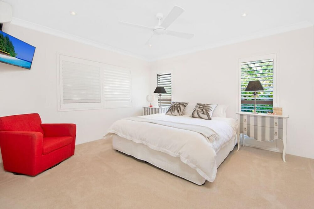 cronulla beach house bed and breakfast deals reviews sydney aus wotif. Black Bedroom Furniture Sets. Home Design Ideas