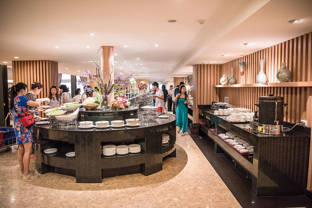 Breakfast buffet, The Cotai Luxury Design Hotel