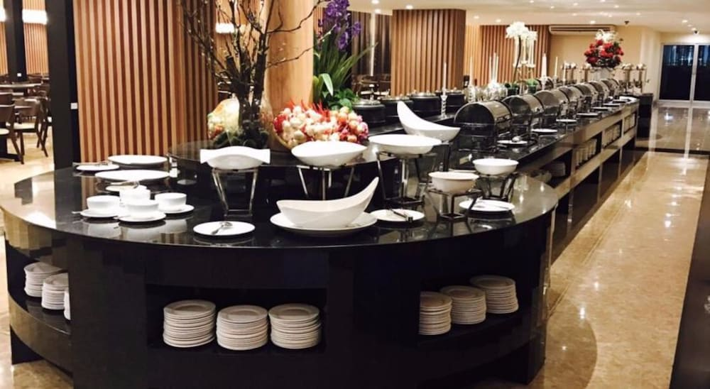 Breakfast Area, The Cotai Luxury Design Hotel