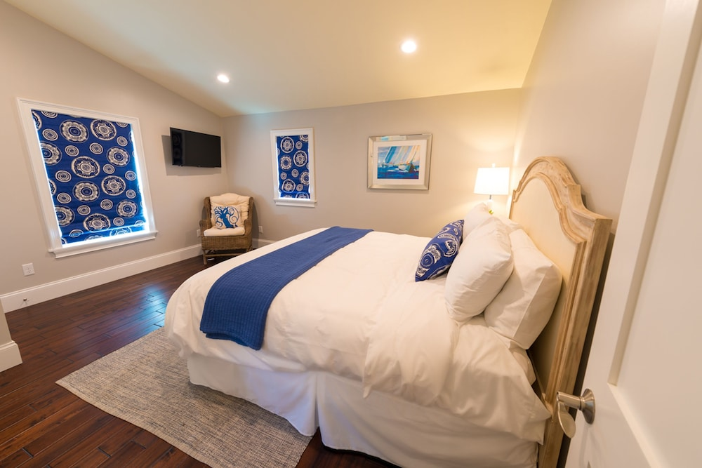 The newport lofts 359 thames street 2017 room prices for 3 bedroom lofts
