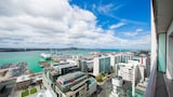 Breathtaking Ocean View Two-Bedroom Apartment - Auckland Hotels